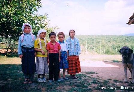 Bayindir-Cocuklar 1995.jpg