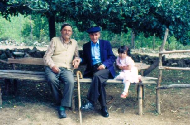 Rasim ve Hidayet Kabadayi 1983.jpg