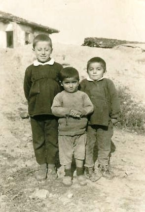 Mehmet, Fahri ve Bahri Kabadayi 1971.jpg